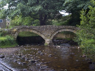 Picture of the famous bridge at Wycoller.
